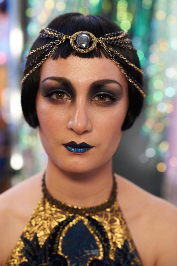 Great-Gatsby-1920s-makeup-02-600×901
